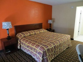 cheapest hotels in cocoa beach